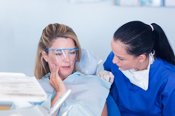 Avoiding & Treating Dental Infections