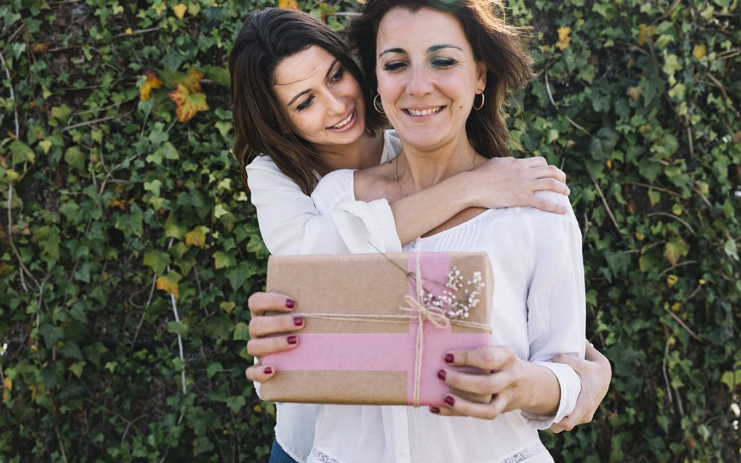 Campbelltown Dentist Tips: Top 6 Mother's Day Gift Ideas
